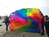 Cerfs-Volants à Berck-sur-Mer : traverser un cerf-volant