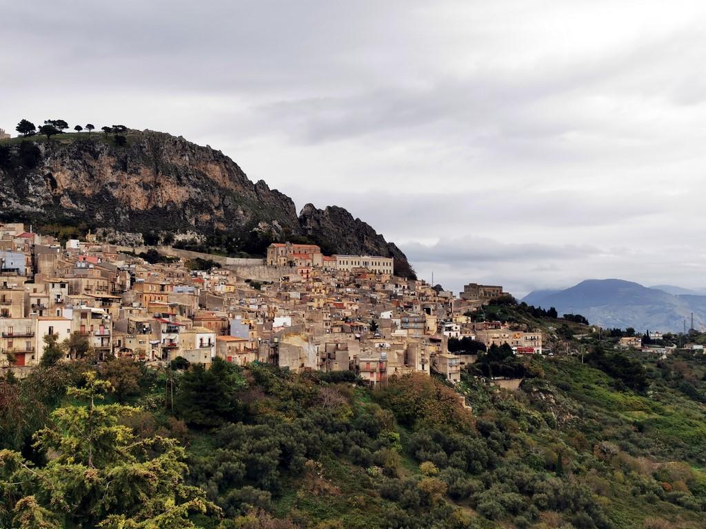 Sicile en Novembre : Vue sur Caltabellotta