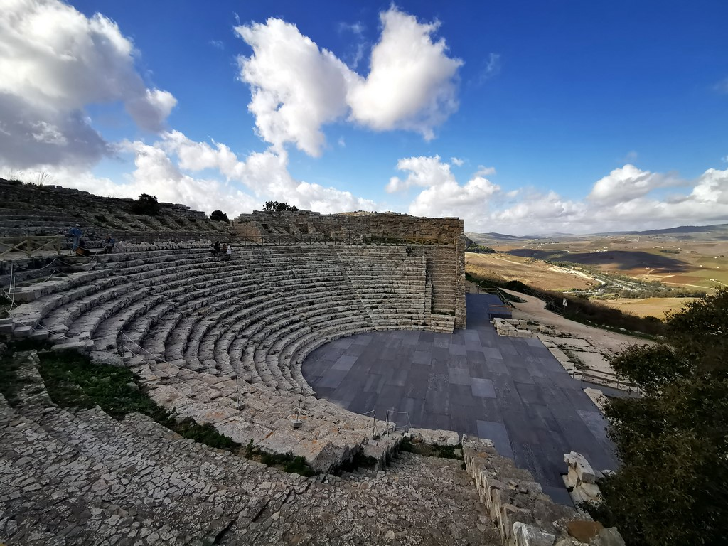 Sicile en Novembre : amphithéâtre de Segeste