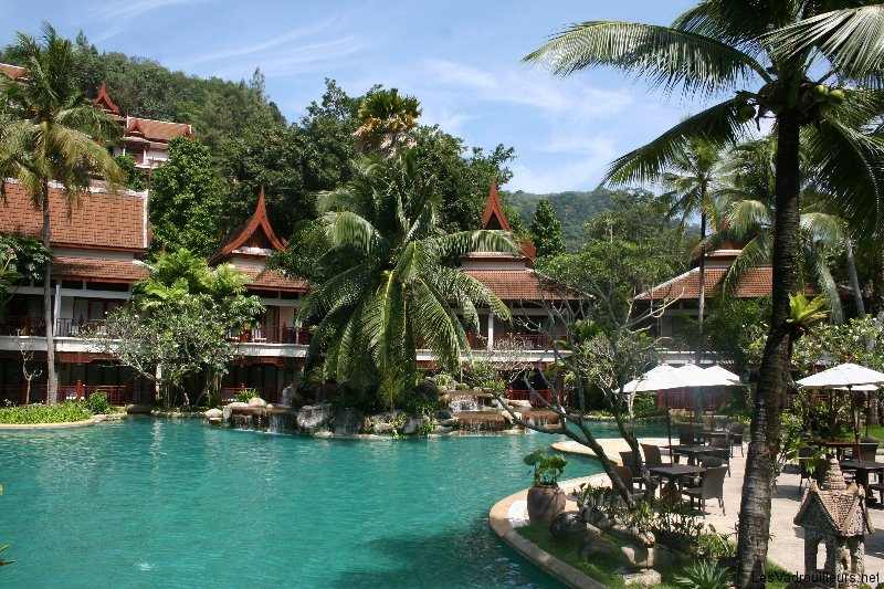 Notre top 10 des belles piscines d 39 h tels du monde for Piscine d hotel