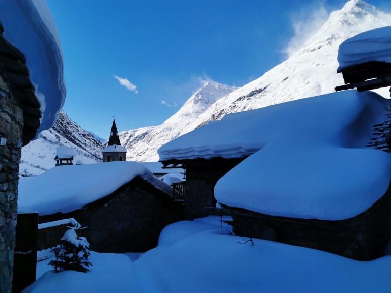 Bonneval sur Arc en hiver : une station-village hors du temps !
