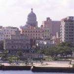 Souvenir inoubliable: rouler en vieille américaine à La Havane à Cuba !