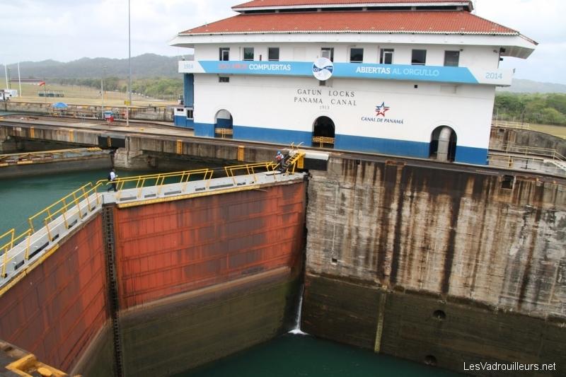 Découvrons le canal du Panama et le Panama Express Train !