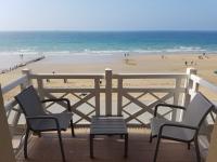 Grand-Hôtel-des-Thermes-notre-terrasse-vue-mer